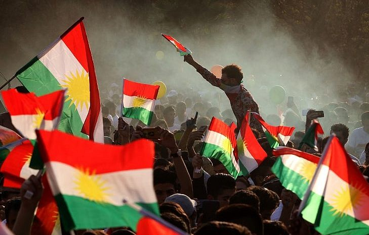 Leave or Remain in Iraq?  Opinions and expectations for an  Independent Kurdistan